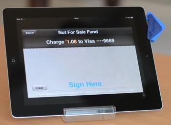 Signature sur l'iPad, pour valider le paiement CB avec PayPal Here