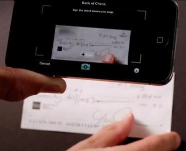 Ok pour le scan du recto, il faut maintenant retourner le chèque